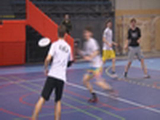 Domácí turnaj ve frisbee