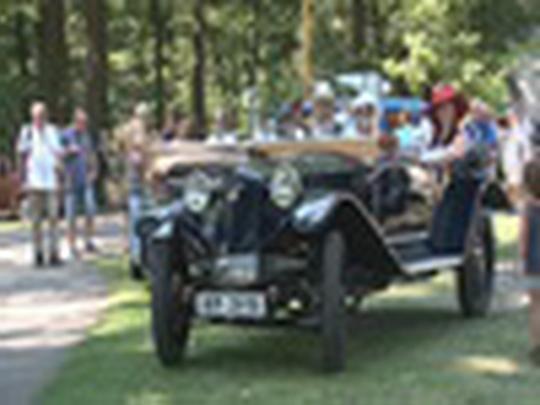 Automobiloví a motocykloví veteráni v Bohumíně