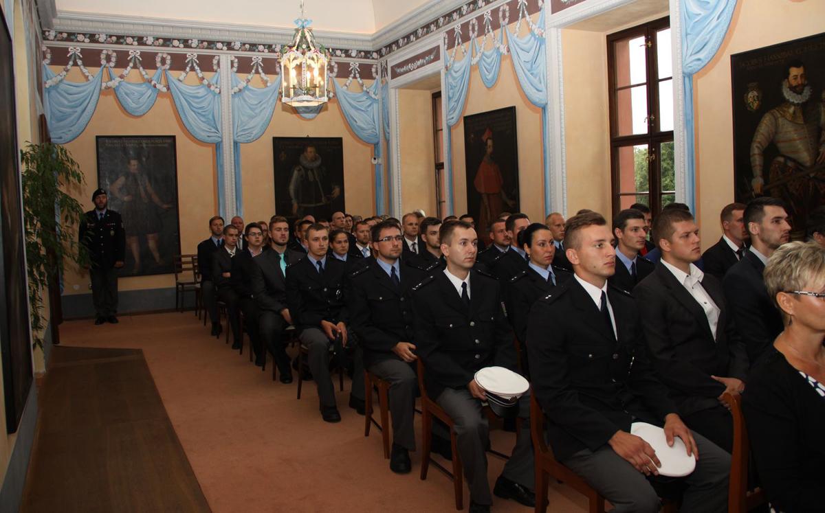 Policejní nováčci slavnostně složili služební slib