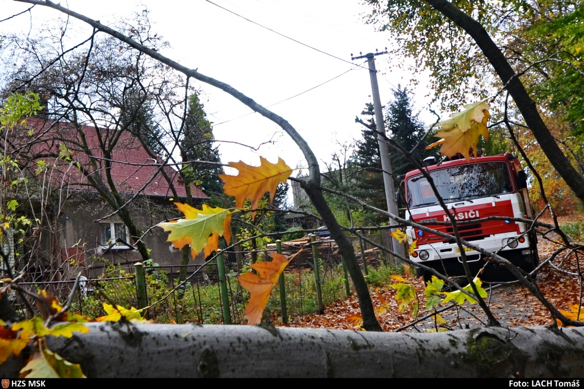 Na čtyři stovky událostí přinesl hasičům v Moravskoslezském kraji vítr