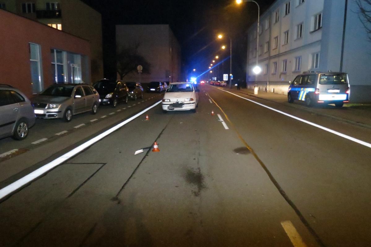 Střet chodce s autem, policisté žádají svědky nehody o spolupráci