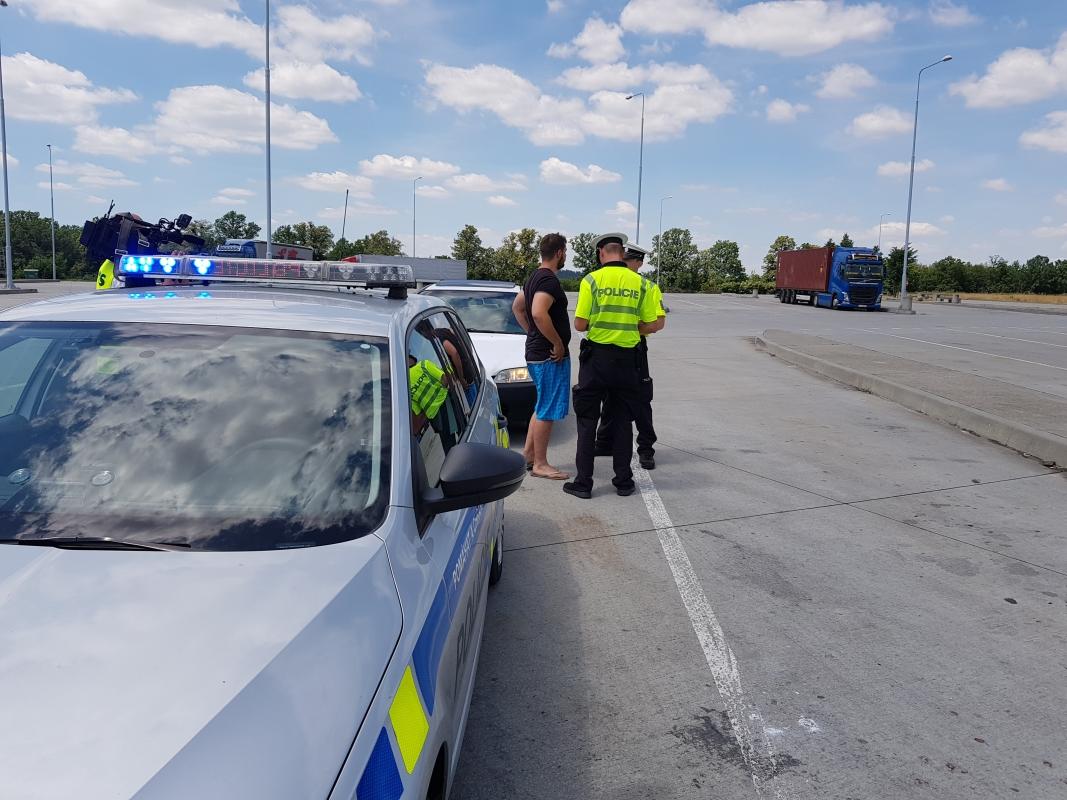 Se začátkem prázdnin policisté zintenzivnili kontroly na cestách