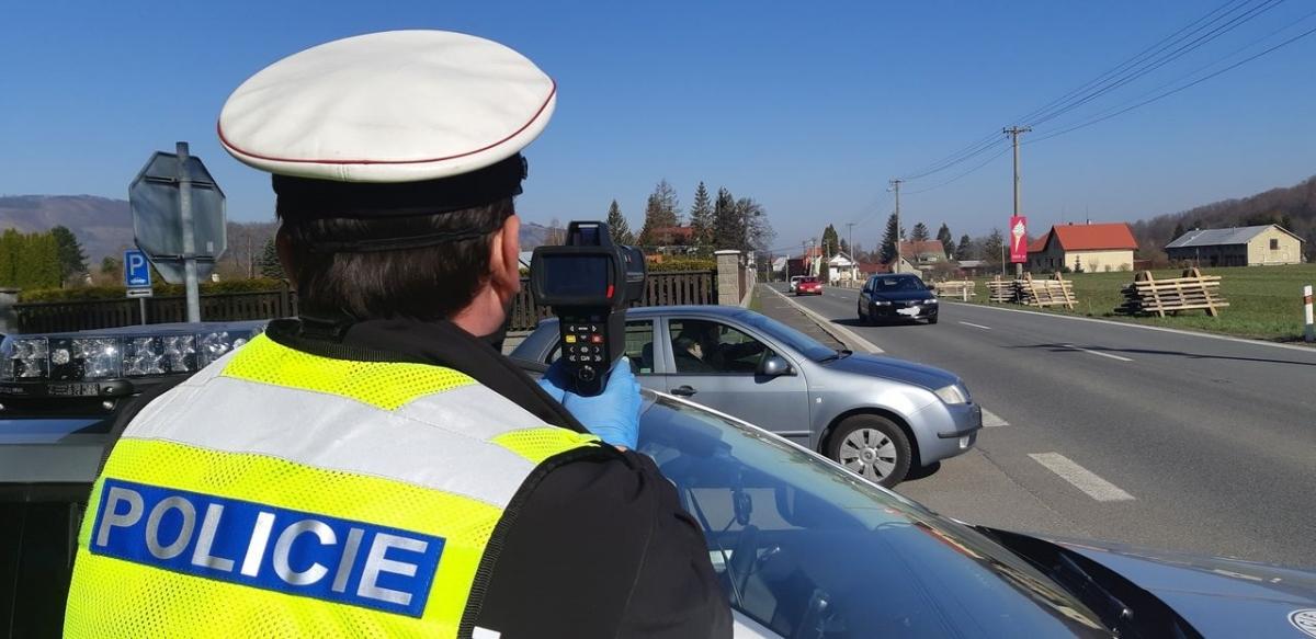 Řidiči ve velkém překračují rychlost, policisté zvýšili počet kontrol