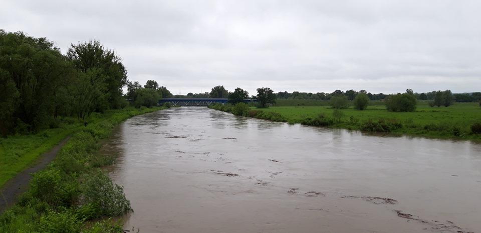 Vydatné dešťové srážky v regionu zvednou hladiny řek