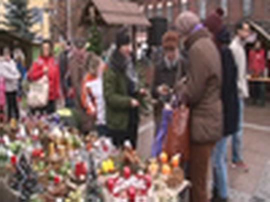 Vánoční a farmářské trhy 2013