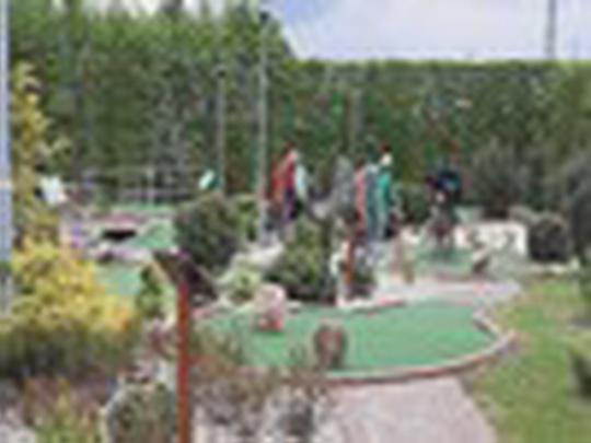 O adventure golf a Bosporku zájem hned ze startu