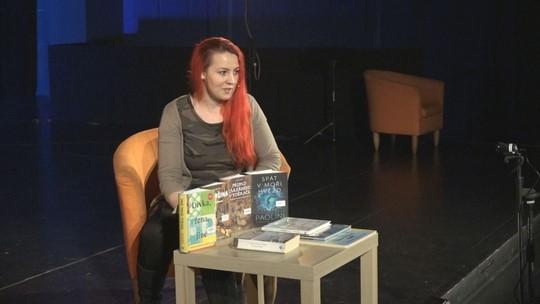 Knihovna natáčí videotipy s knižními novinkami